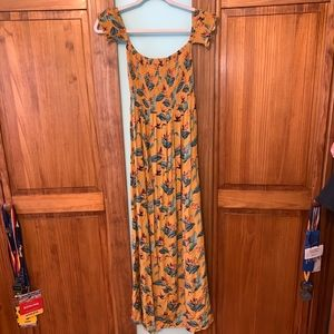 Forever 21 Dresses - FOREVER 21 Off the Shoulder Yellow Maxi Dress S